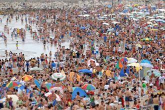 Un millón de visitantes en las playas del Atlántico
