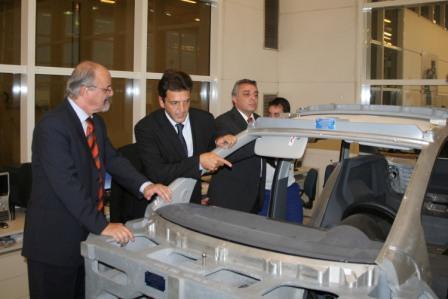 Massa y Zamora recorrieron la ampliación de la Planta de Volkswagen en Pacheco