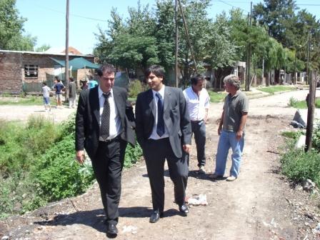 Funcionarios Municipales, junto a Daniel Gambino de visita en Bancalari