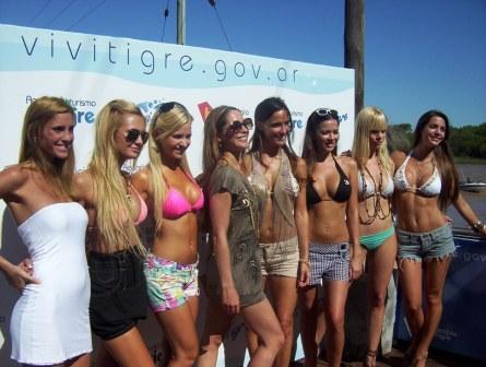 las modelos María Susini, Karina Jelinek, Melina Pitra, Victoria Vanucci y Alejandra Maglietti entre otras