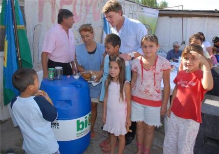 Nicolas Scioli visito Las Tunas y escucho a los vecinos de General Pacheco