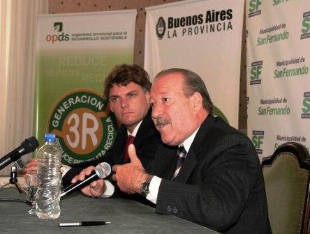 Amieiro firmó convenio con Scioli para reciclar el aceite usado.