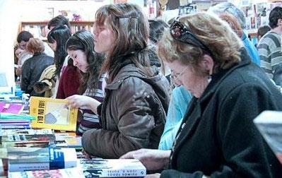 Se inauguró la 35 Feria Internacional del Libro bajo el lema Pensar con Libros