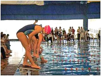 Más de 500 nadadores de todo el país participaron del Torneo Nacional San Isidro Labrador.