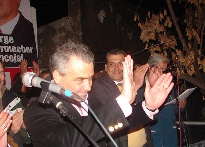 Lamónica en apertura de local del PAUFE en Pilar