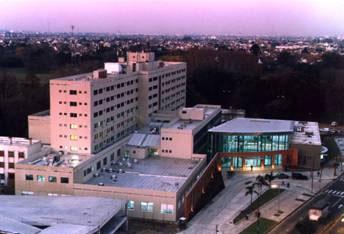 El hospital de San Isidro celebra su centenario con inauguraciones y nuevo instrumental médico