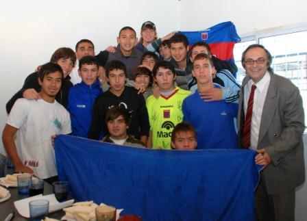 Los jugadores de Tigre visitaron la pensión para chicos de las inferiores