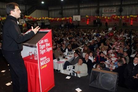 Más de 3 mil vecinos acompañaron a Sergio Massa en Don Torcuato