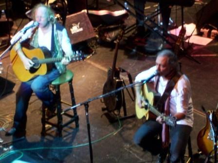 Pedro y Pablo festejaron 40 años de canciones como bandera