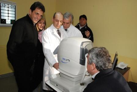 Massa inauguró el nuevo Hospital Oftalmológico de Troncos del Talar