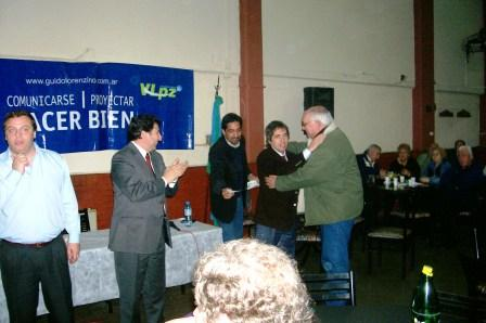 Lorenzino entregó subsidios a clubes de Vicente López