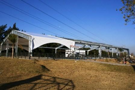 Avanzan los trabajos de climatización en la pileta del Polideportivo Central
