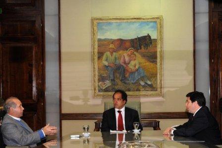 Scioli formalizó incorporación de Baldomero Álvarez de Olivera