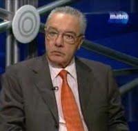 """Julio Aurelio señaló que la gente está reclamando """"una política con mayúsculas"""""""