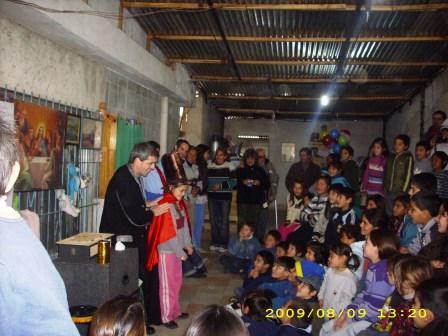 Festejo del día del niño en el  merendero un Sueño para los Niños
