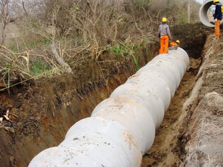 Construyen dos acueductos de la Planta Potabilizadora en Dique Luján