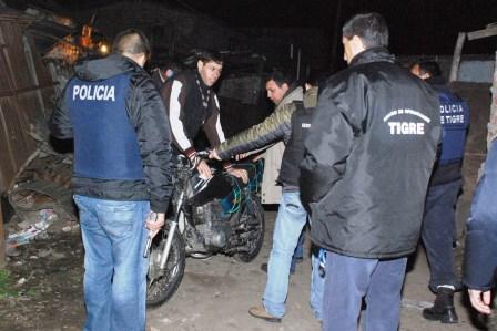 Importante operativo policial en la villa Garrote de Tigre