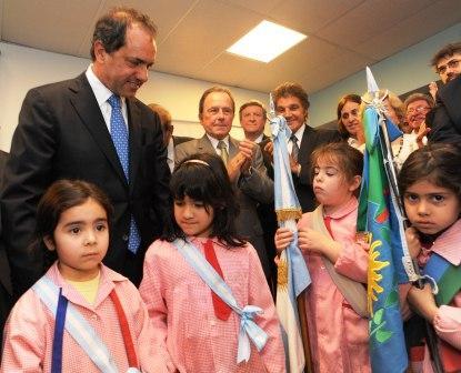 Scioli inauguró un jardín de infantes en  Vicente López
