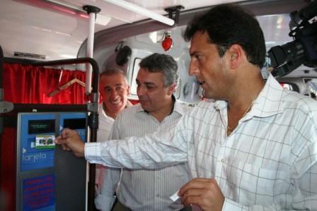 Obligan a las empresas de transporte público de pasajeros de Tigre a vender tarjetas de colectivos en kioscos de diarios