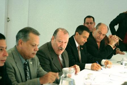 Amieiro compartió la experiencia de gestión con alcaldes de Puerto Rico