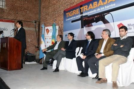 Más de 1800 vecinos de Tigre ingresan al trabajo formal mejorando los barrios
