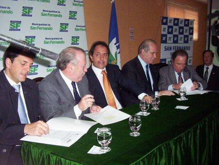 En San Fernando, los cuatro municipios de la región adhirieron al plan Envión