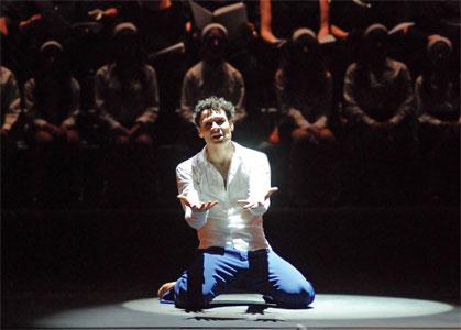 Iñaki Urlezaga baila en Tigre.