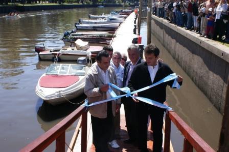 El Intendente del Municipio de Tigre, Sergio Massa, inauguró las amarras públicas