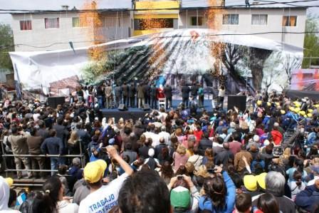 Massa entregó nuevas viviendas en el Barrio San Pablo