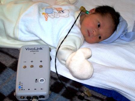 En el Hospital materno infantil de Tigre se realiza desde mayo un diagnóstico a través de otoemisiones con el objetivo de detectar en los niños y los recién nacidos síntomas de hipoacusia
