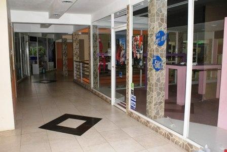 El Municipio clausuró el Shopping Tigre