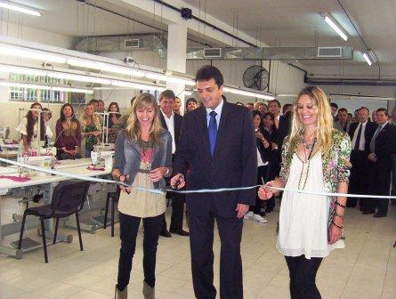 Sol Acuña y Sergio Massa inuguran la planta Punto Cruz