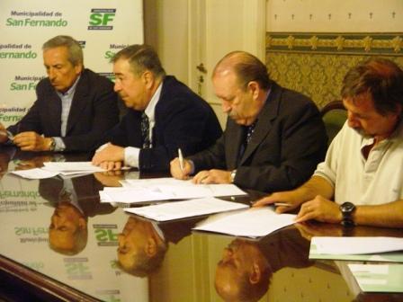 La municipalidad de San Fernando y el Club Náutico Victoria firmaron un acuerdo por 24 años