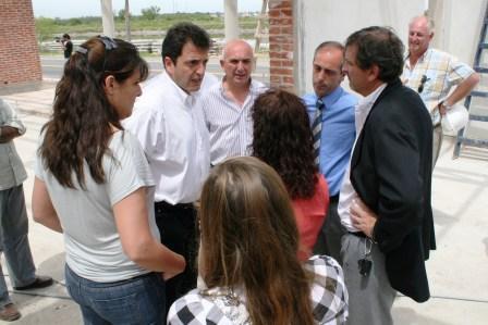 el Intendente, Sergio Massa, junto al Secretario de Deportes de la Nación, Claudio Morresi, visitaron los avances de obra