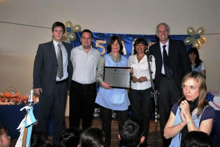 El emotivo festejo que se realizó en las instalaciones del Polideportivo Almirante Brown contó con canciones, videos conmemorativos y exposiciones de los alumnos.