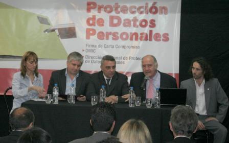 Carta Compromiso entre la OMIC de Tigre y la Dirección Nacional de Protección de Datos Personale