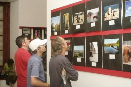 En total se presentaron 251 obras, de 40 fotógrafos, y fueron seleccionadas 69 piezas ganadoras. Esta es la 2° edición del Salón Fotográfico, una propuesta de la Municipalidad de San Fernando