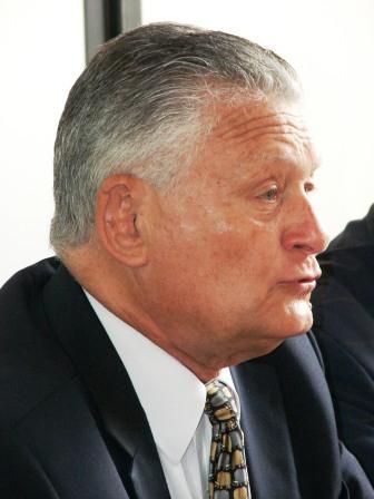 Dr. José Luís Ognio