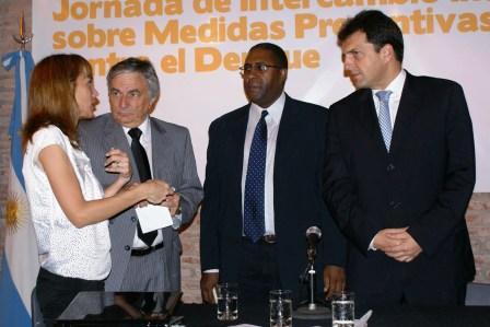 Expertos Internacionales del Dengue en Tigre