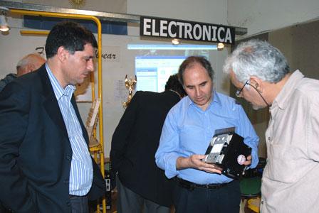 """En la sede la Fundación Marcelo T de Alvear, de Avenida Cazón 1286, quedó inaugurada la muestra """" Proyectos de Robótica""""."""