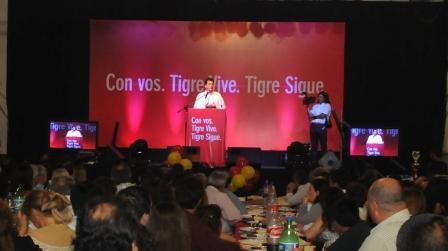 Más de 3 mil vecinos compartieron la cena de agasajo de Tigre Vive Tigre Sigue