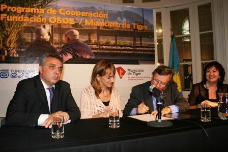Tigre y OSDE firmaron un convenio para la formación de agentes de cuidados a Adultos Mayores