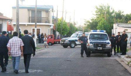 Detienen 6 personas y secuestran armas tras allanamientos