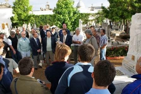 Sentido homenaje al fundador del Club Tigre, José Dellagiovanna