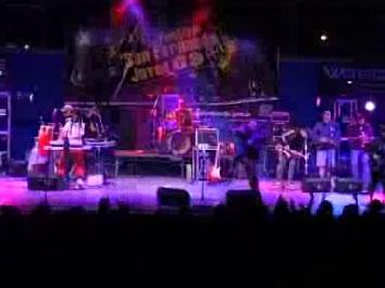 5.000 personas vibraron en el mega festival San Fernando joven 2009