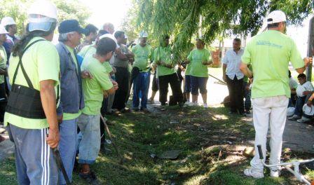 Las cooperativas trabajan a pleno en los barrios de todo Benavídez