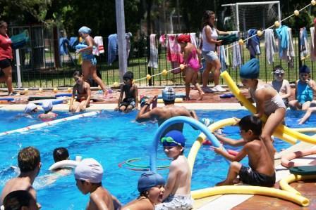Arrancaron las colonias de vacaciones 2010 en Tigre