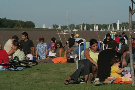 Verano en San Fernando: Las mejores propuestas para disfrutar del río y la ciudad