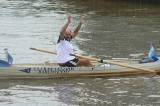 """Jorge """"Coco"""" Conte quién concluyó así su travesía desafío a remo en un bote par simple de remos cortos"""