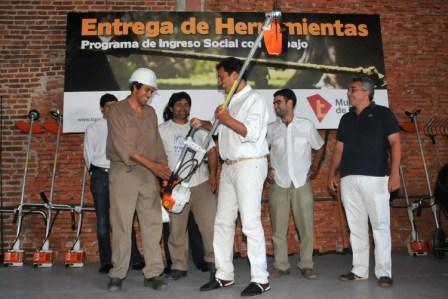 Entregaron  Herramientas y Maquinarias a Cooperativas de Tigre